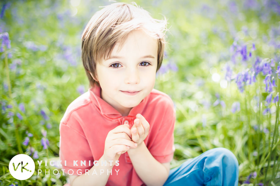 tips-photographing-kids-in-bluebells-vicki-knights